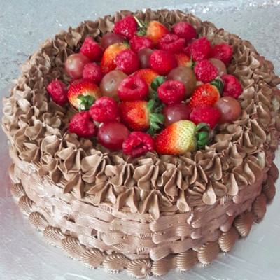Buy 10 inches chocolate basket cake online Lagos Abuja Port HArcourt
