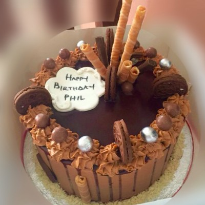 Buy 8 inches classic choco cake online Lagos Abuja Port Harcourt