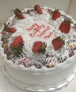 cream berries cake online