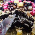 Gold dust cake