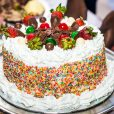 white-colored-frosting-buy-order-online-for-delivery-in-lagos-abuja-port-harcourt-ibadan-warri-delta-benin-nigeria