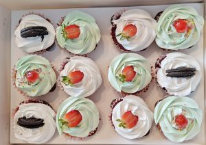 Frosty Cupcakes